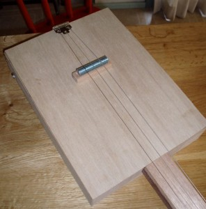 how to make soundproof box for guitar