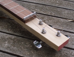 3-string cigar box guitar neck detail
