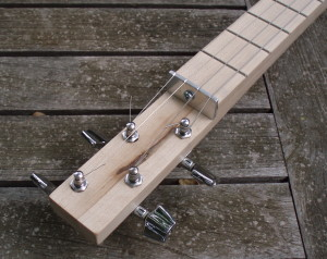 4-string cigar box guitar neck detail